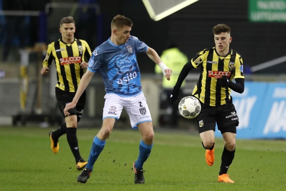 Heracles houdt Vitesse in weinig vermakende wedstrijd op gelijkspel
