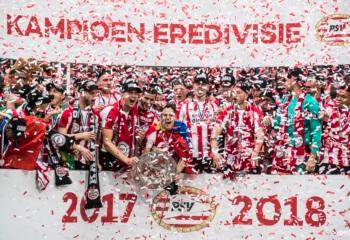 PSV kroont zich tot kampioen
