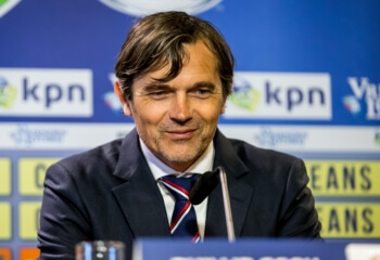 'Cocu denkt na over Turkse club'