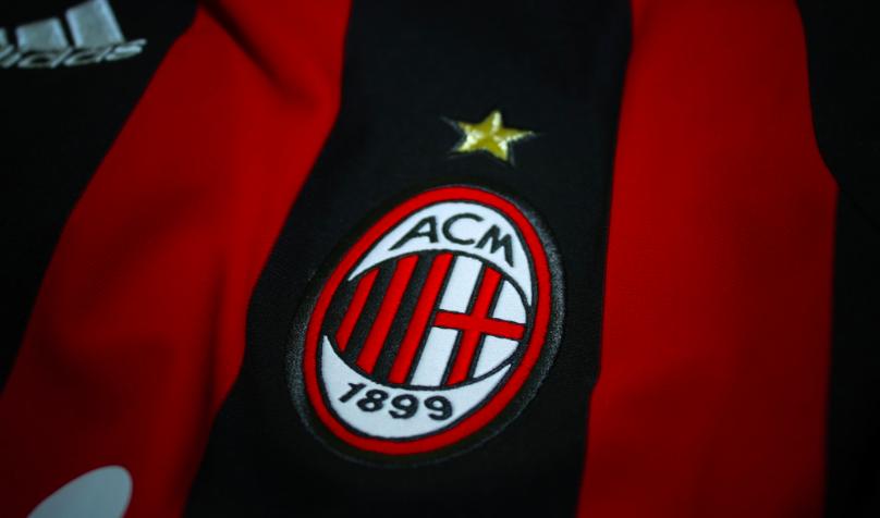 PUMA lanceert het uitshirt van AC Milan