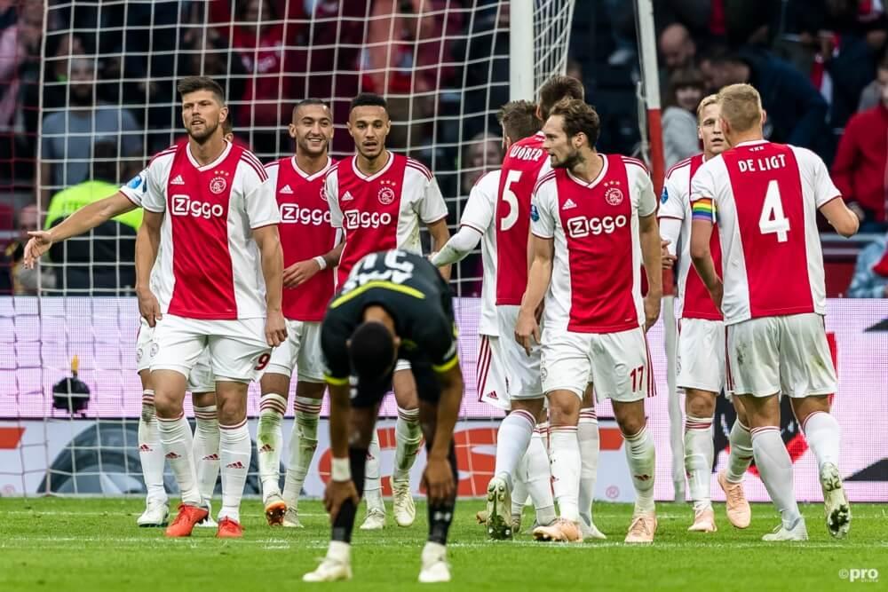 Ajax laat niks heel van AZ