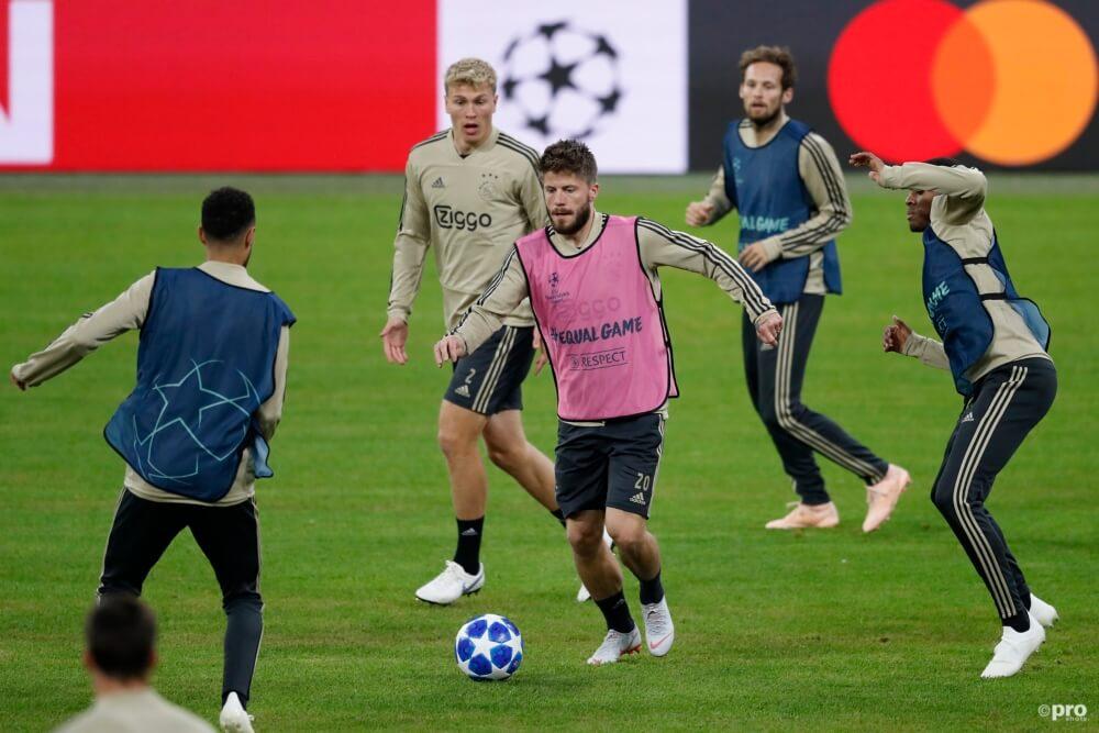 Verrassende opstelling van Ajax tegen Bayern München