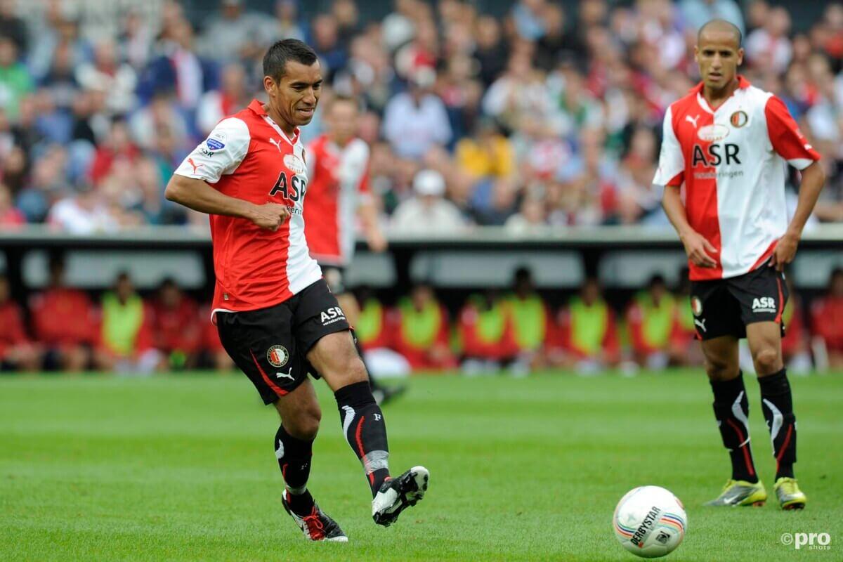 Hoe goed ken jij de trainer van Feyenoord? Speel de Giovanni van Bronckhorst-quiz
