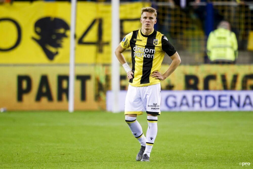 'Ajax praat in het geheim met Ödegaard'