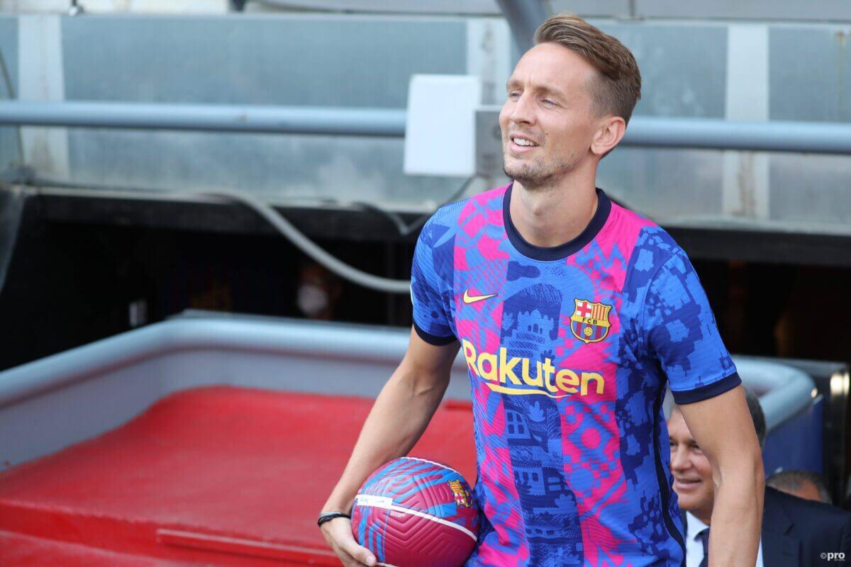 """Luuk de Jong geniet, maar de Spaanse pers niet van hem: """"Zeer teleurstellend"""""""